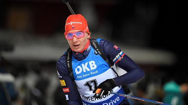 Kuzmina continues winning streak with sprint victory