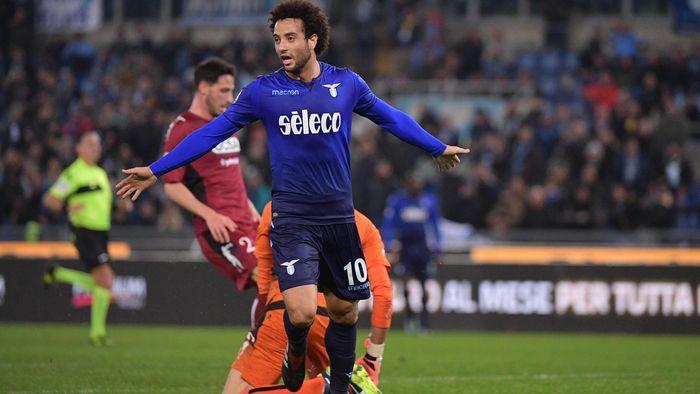 Felipe Anderson esulta per un gol segnato in Coppa Italia