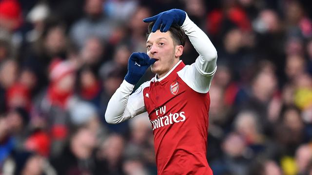 Ozil signs new £350k-a-week Arsenal contract