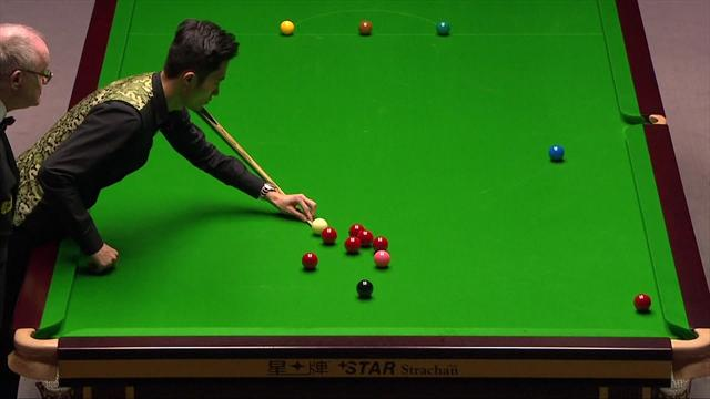 'Well that's different' - Cao improvises with one-handed shot
