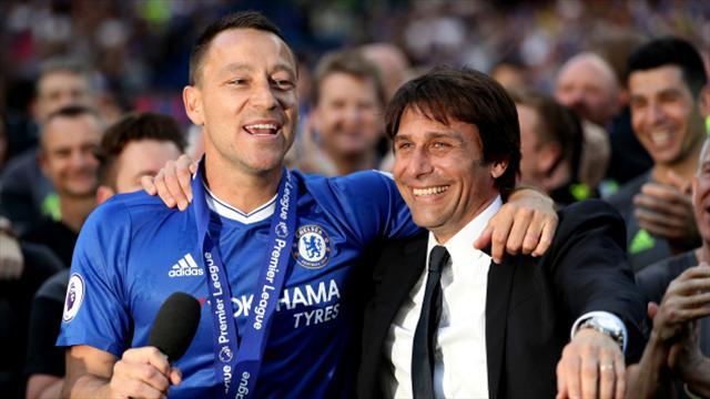 """Fabregas e Terry salutano Conte: """"Grande uomo, grande allenatore"""""""