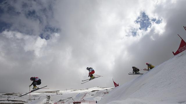 Zacher and Bischofberger win to top the ski-cross World Cup standings