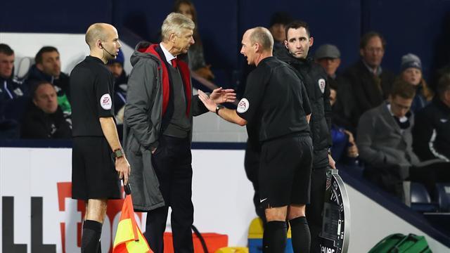 Wenger : «Il doit les mettre où ses mains ? Dans ses poches ?»