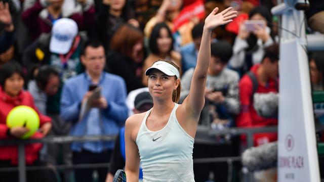 Halep, Sharapova begin season with easy wins in Shenzhen