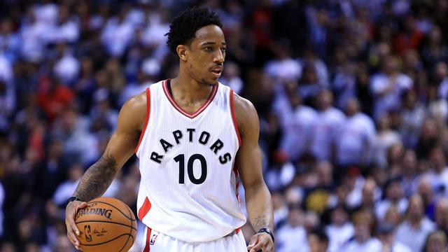 Les Spurs et les Raptors s'échangent Leonard et DeRozan