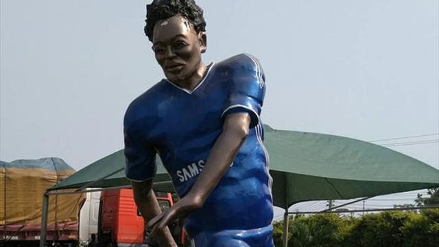 В Гане поставили статую Эссьену. Фотка, которая опасна для твоей психики и сна