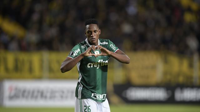 «Барселона» хочет приобрести колумбийского защитника за9 млн евро