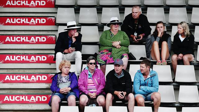 Auckland Classic set for Sunday finish after further rain