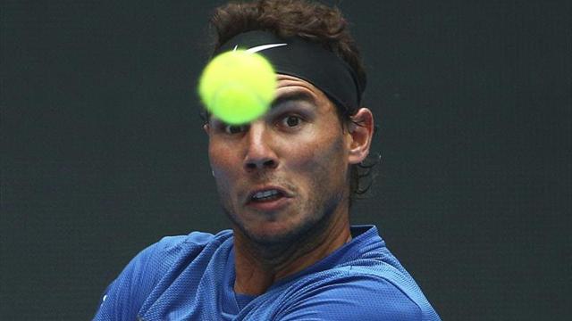 Rafael Nadal ya se entrena en Melbourne
