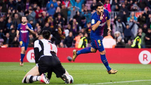 Avec un but somptueux, Suarez dépasse Eto'o dans l'histoire des buteurs du Barça