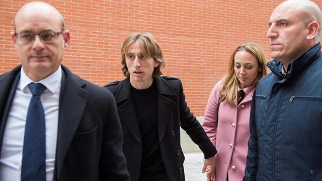 Modric paga un millón de euros para evitar la prisión