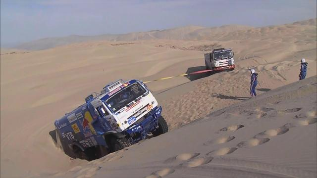 Truck stops to rescue half-buried rival as Dakar's special spirit shines through