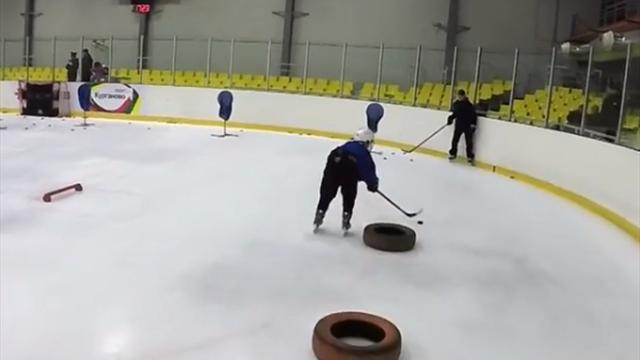 Ошеломительные трюки от 9-летних российских хоккеистов. Сборная всех будет рвать через 10 лет
