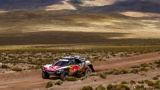 Sainz et Peterhansel assurent un doublé pour Peugeot : L'étape 6 Autos