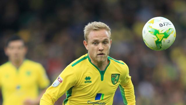 Huddersfield complete Pritchard capture