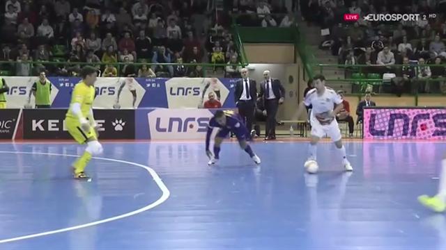 LNFS, Naturpellet Segovia-Barcelona: Robo de Sergio, regate en una baldosa y gol de Alvarito (3-7)