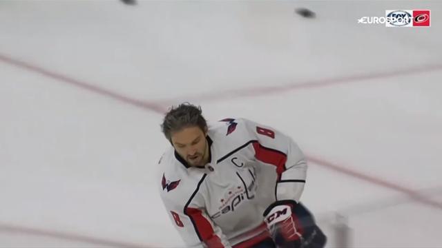 Овечкин набрал 3 очка с «Каролиной» и скинул Кучерова с первого места в списке снайперов НХЛ