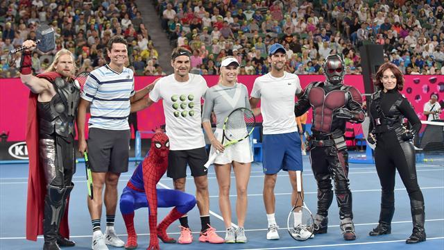 Федерер научил Человека-паука играть в теннис, а Раонич спустил на него Тора