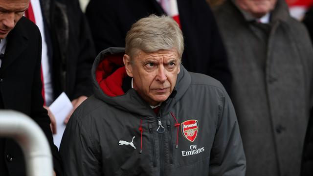 Arsene Wenger was 'aggressive' towards Mike Dean