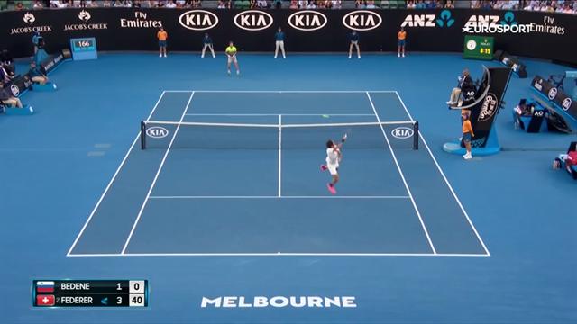 Ну кто, кроме Федерера, мог совершить лучший смэш первого круга? Правильно: никто