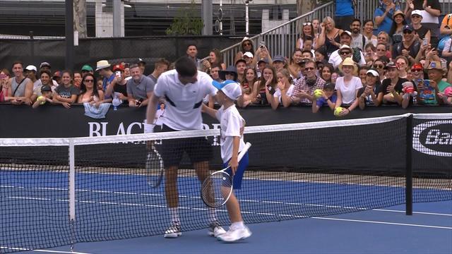 Random kid beats Novak Djokovic in training point