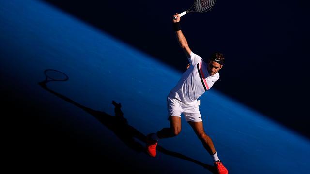 Trois smashes sauvés pour un point gagné : Federer a fait son Nadal