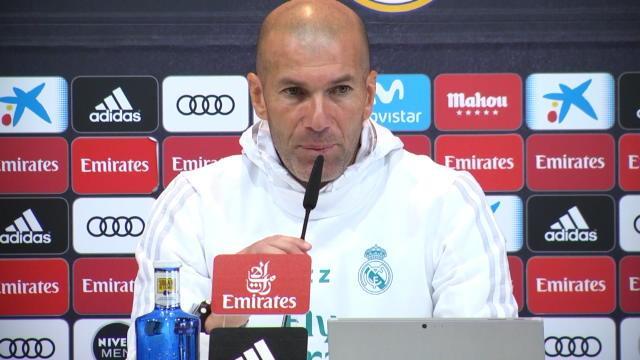 Le PSG d'Al-Khelaïfi voudrait Karim Benzema — Real Madrid