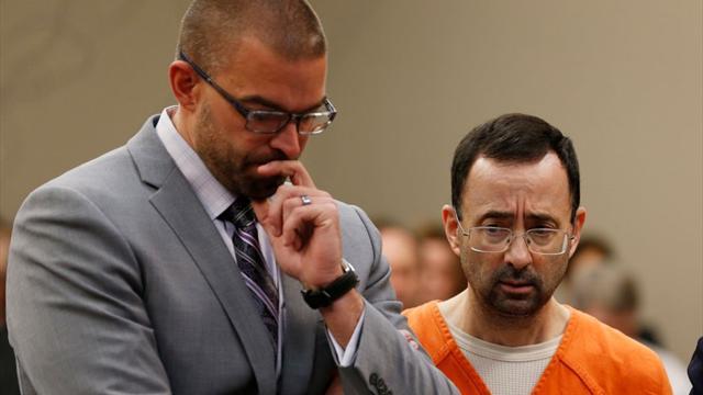Осужденный за домогательства экс-тренер сборной США выйдет на свободу в 2193 году