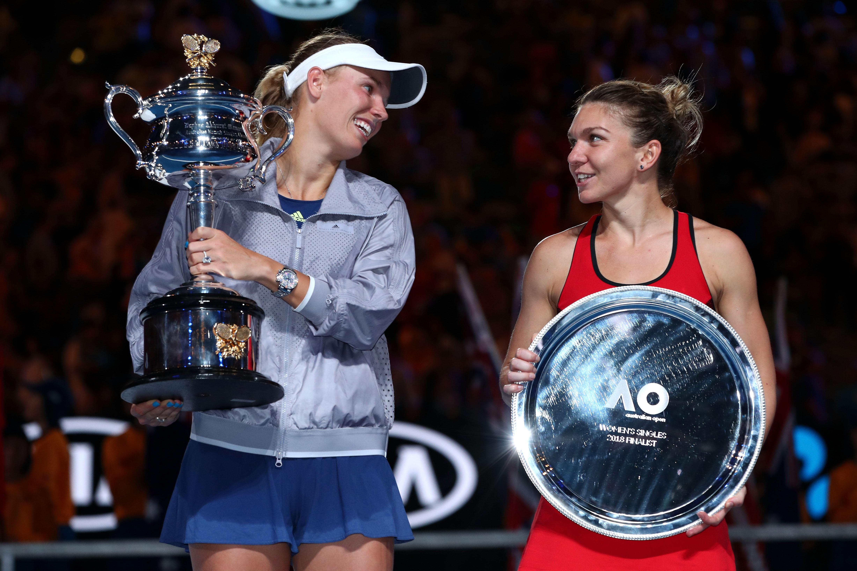 Caroline Wozniacki et Simona Halep après la finale de l'Open d'Australie 2018