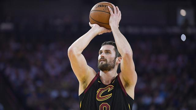 Kevin Love absent au moins six semaines