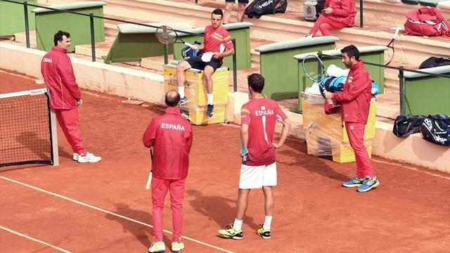 Albert Ramos mete a España en cuartos de la Copa Davis