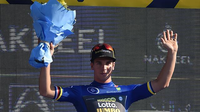 Groenewegen upsets stellar sprint field to claim Dubai Tour opener