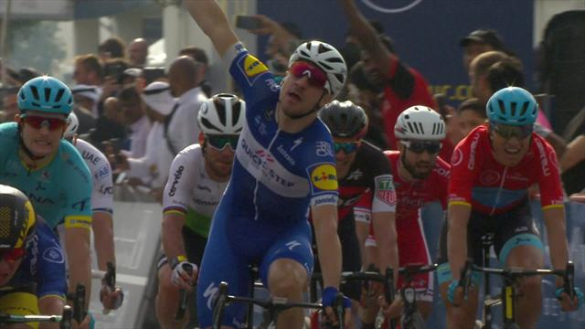 Viviani holds off Cavendish to take victory in Stage 2