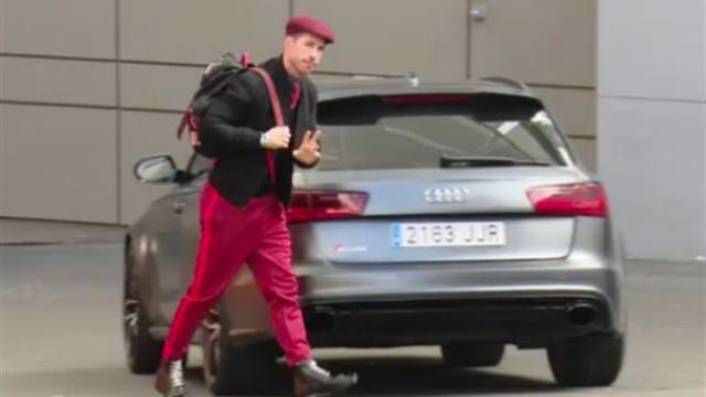 Avant d'affronter le PSG, Sergio Ramos fait rire l'Espagne avec son nouveau look