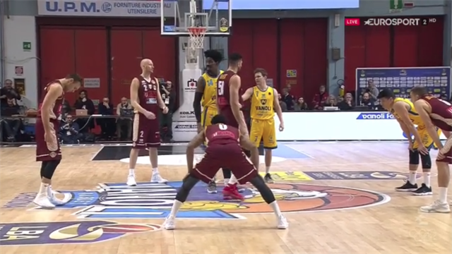 Highlights: Vanoli Cremona-Umana Reyer Venezia 83-85