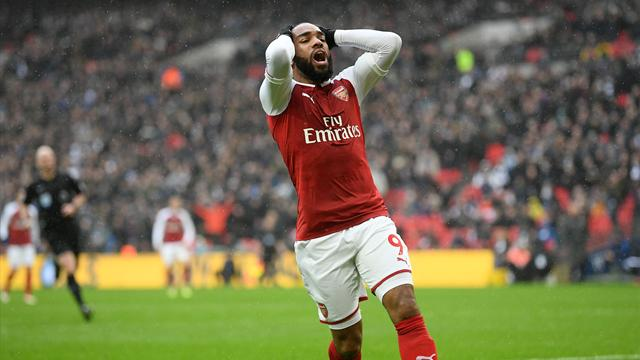Arsenal's Lacazette ruled out for up to six weeks after knee surgery