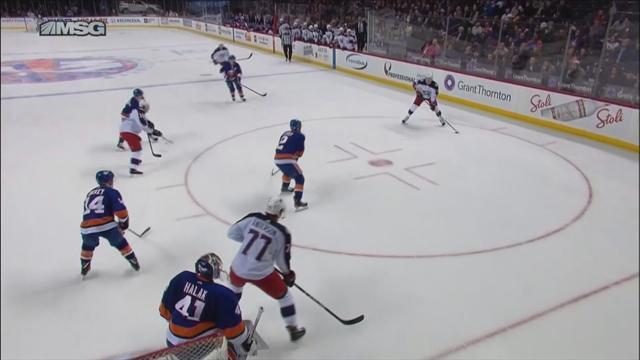 Бобровский забожил в очередной игре, поэтому «Айлендерс» хватило всего на одну шайбу