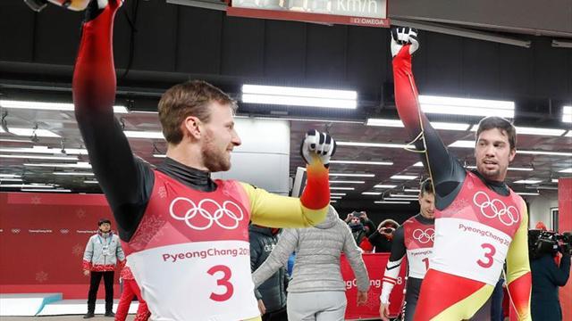Los alemanes Tobias Wendl y Tobias Arlt revalidan el oro en luge por parejas