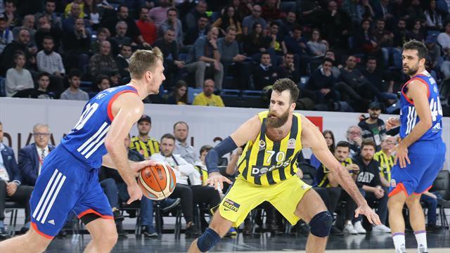 Fenerbahçe Doğuş'u eleyen Anadolu Efes, kupada yarı finalde
