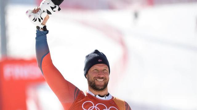 Svindal, oro olímpico, lidera doblete noruego en descenso, junto a Jansrud