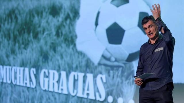 El Barcelona doblega a un Eibar que le complicó el partido