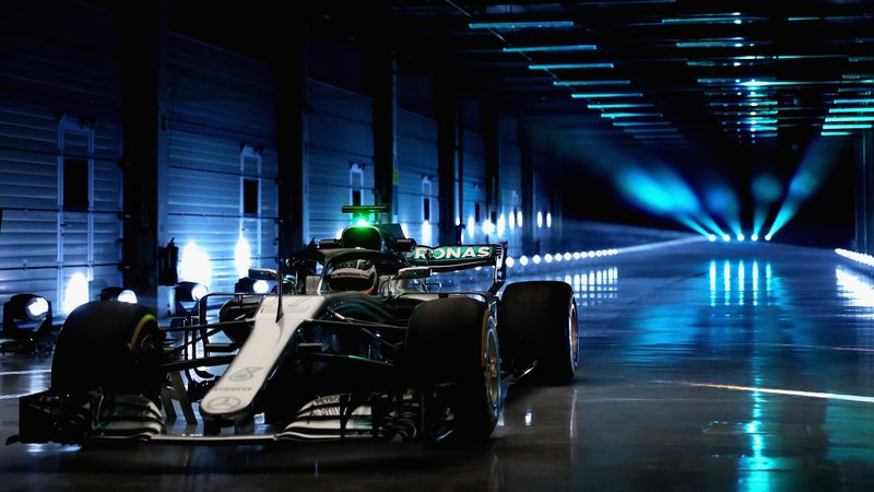 La nuova livrea della Mercedes W09 che correrà nel campionato di Formula 1 2018. Foto: Getty Images.