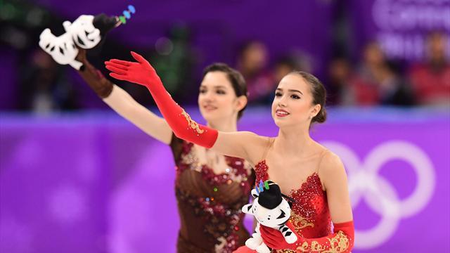 Путин поздравил Загитову и Медведеву с медалями Игр