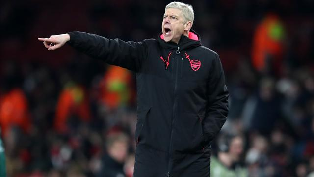 Wenger wants new deal for midfielder