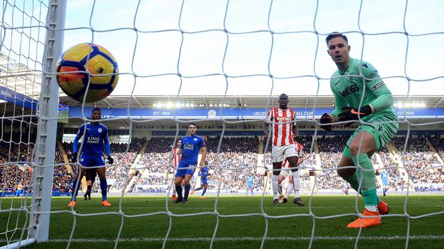 Butland howler gifts Leicester an equaliser