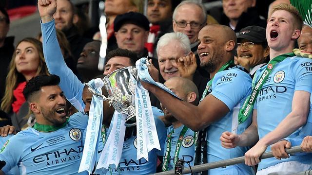 Manchester City confirm severity of Fernandinho hamstring injury