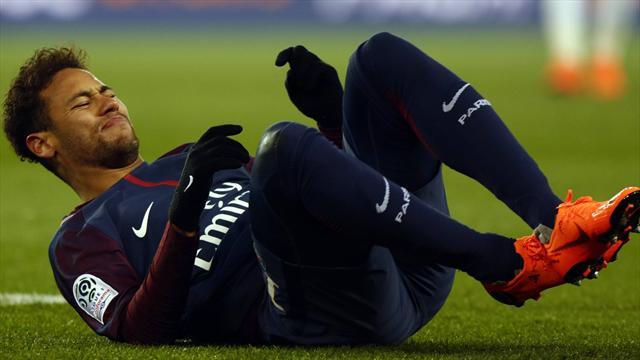 Neymar est bien forfait et s'envole au Brésil pour se faire opérer