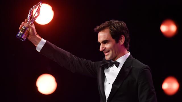 Tennis: Federer premiato come sportivo dell'anno