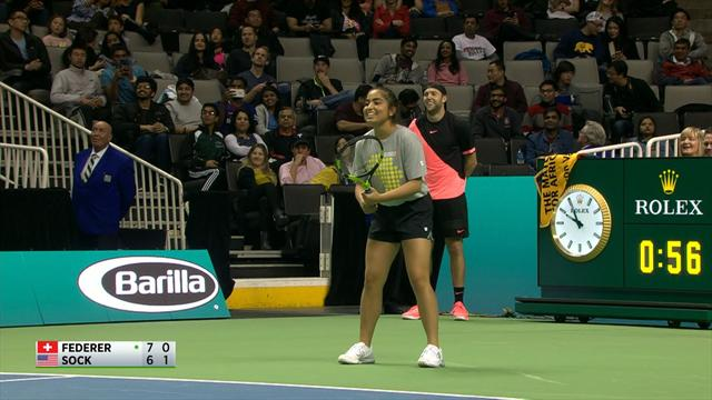 Ball girl beats Federer with brilliant passing shot