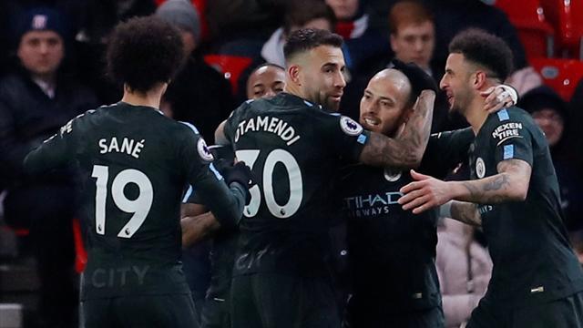 Manchester City kazanmaya devam ediyor